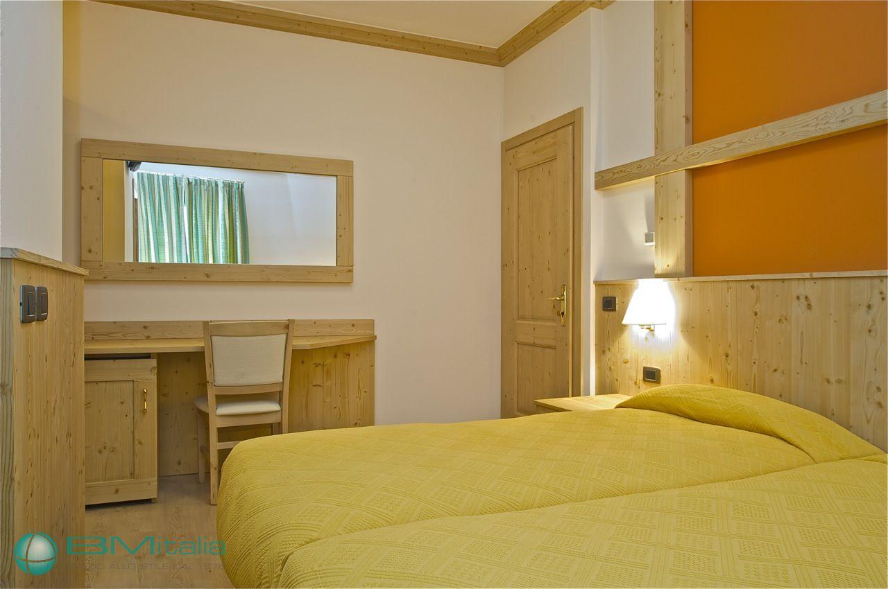 Progettazione e realizzazione arredamenti per hotel e for Bm arredamenti