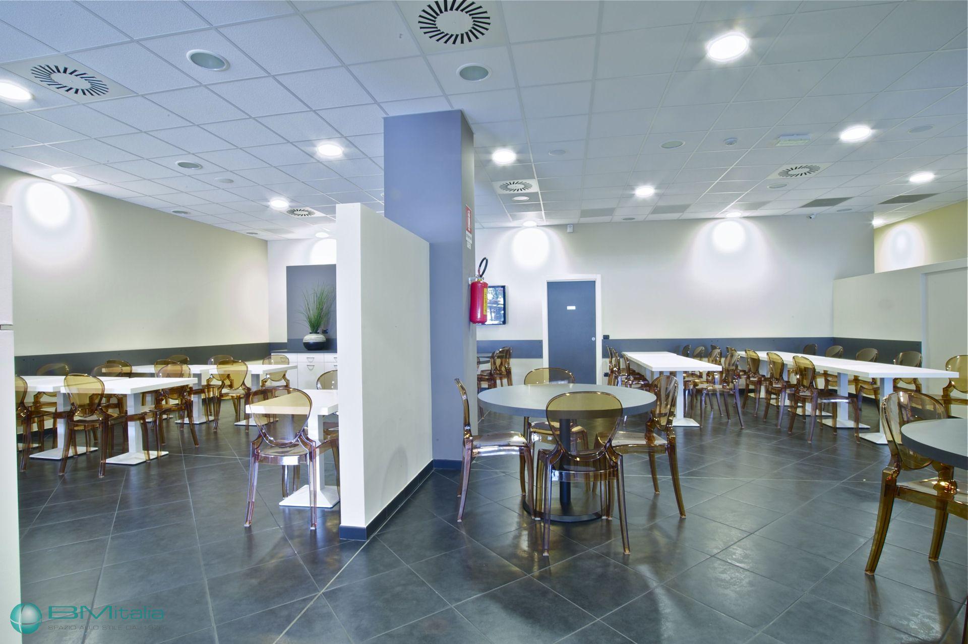 Progettazione e realizzazione arredamenti per ristoranti for Bm arredamenti