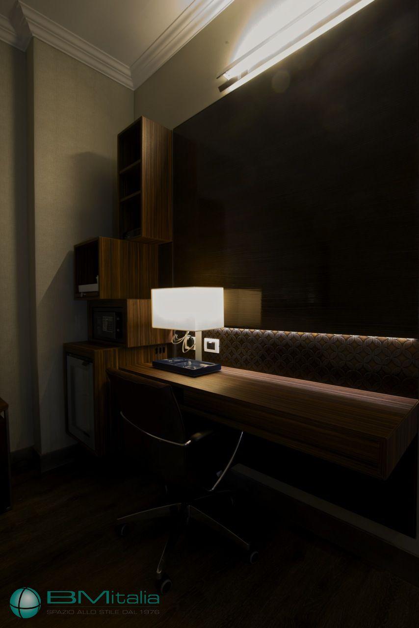 Realizzazione arredi su misura per hotel luxury hotels for Arredi per alberghi e hotel