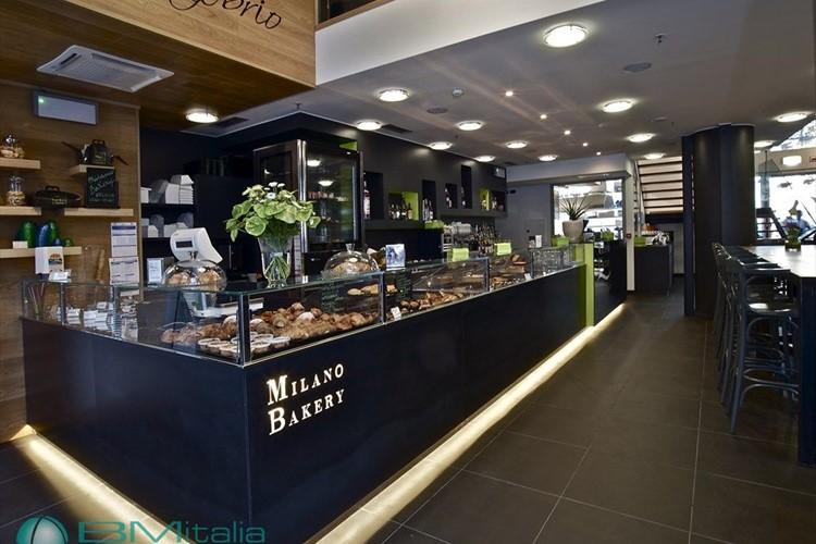 Arredamenti per bar e pub for Arredamento ristorante italia