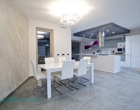 Realizzazione arredamenti per la casa a milano chiavi in for Villa arredamenti milano