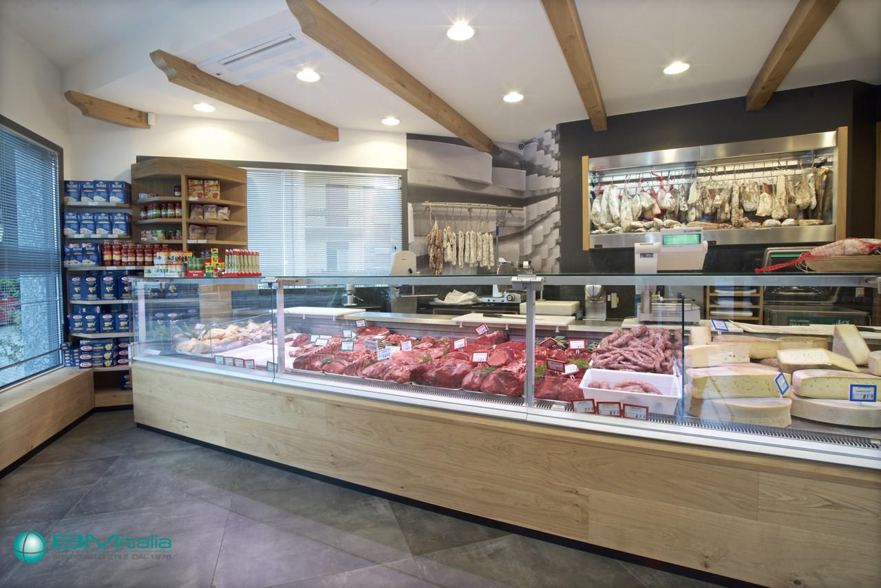 Progettazione realizzazione arredo negozi food nofood for Arredamento macelleria