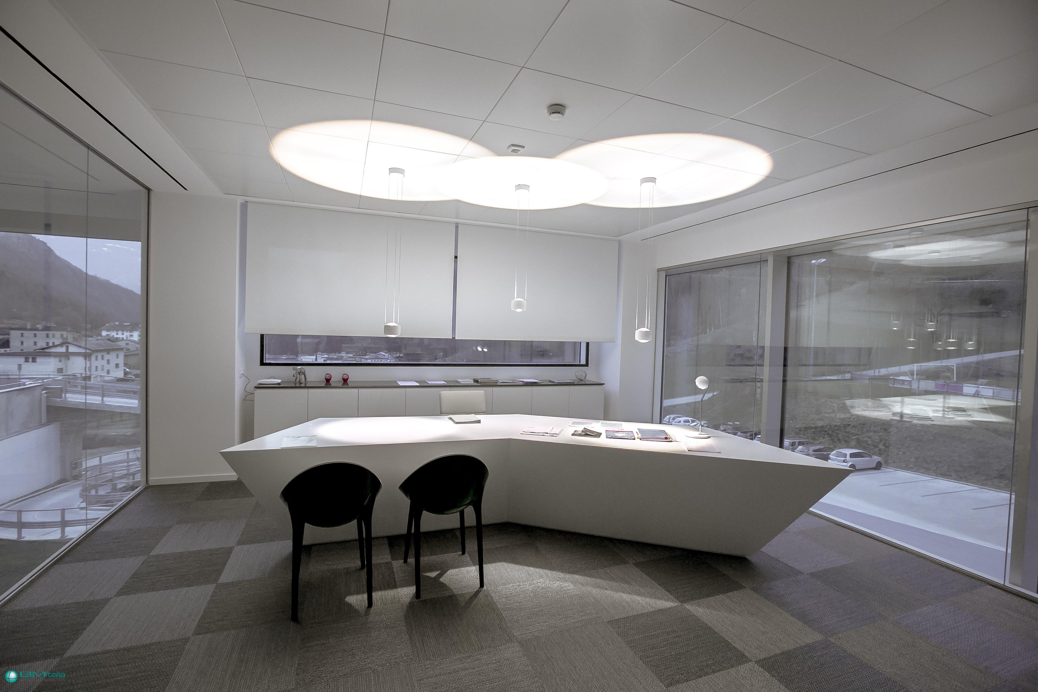 Bmitalia progettazione arredo su misura ufficio for Arredamenti ufficio roma
