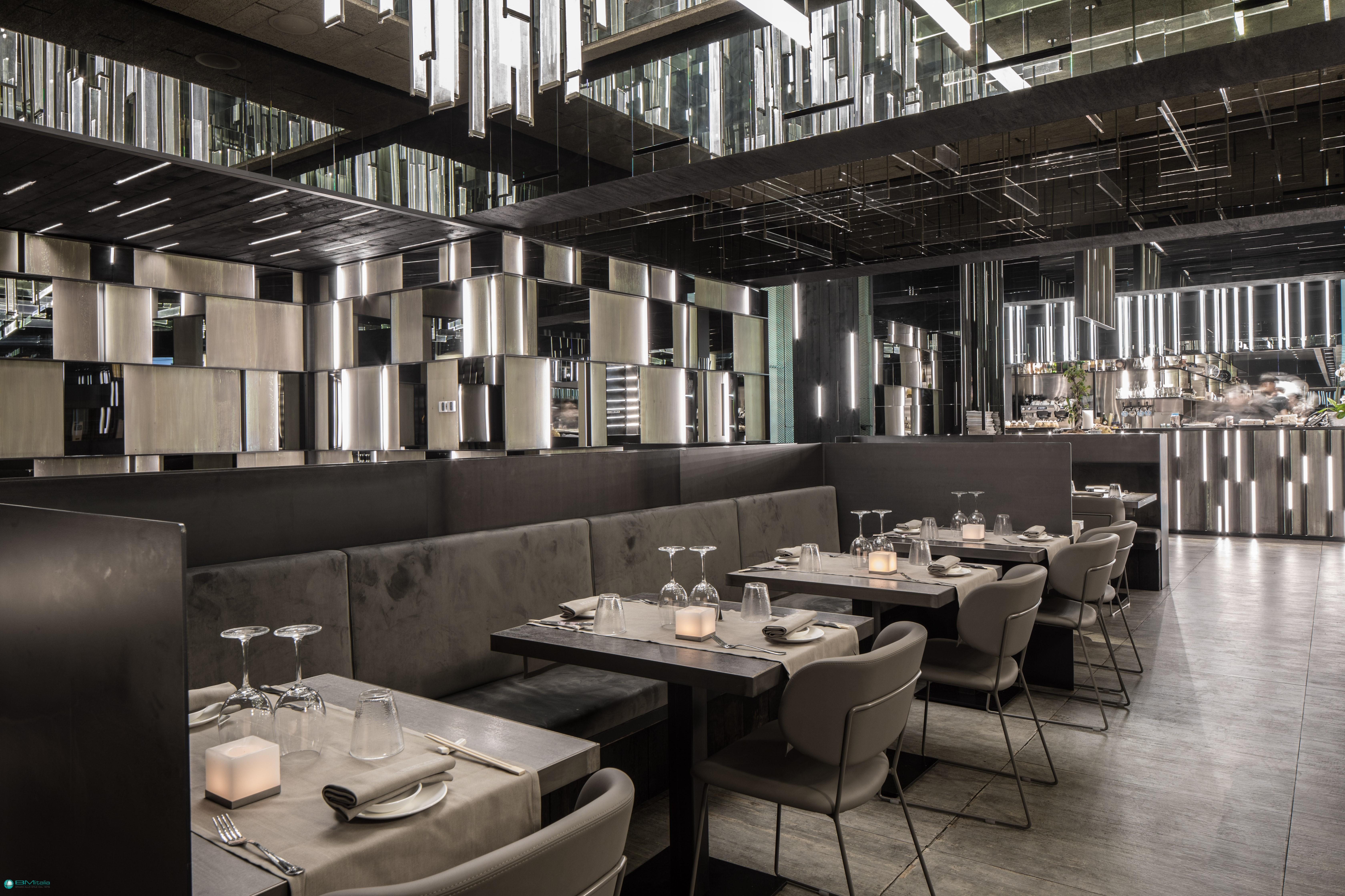 Arredamenti per ristoranti sushi restaurant bar for Arredamenti ristoranti moderni