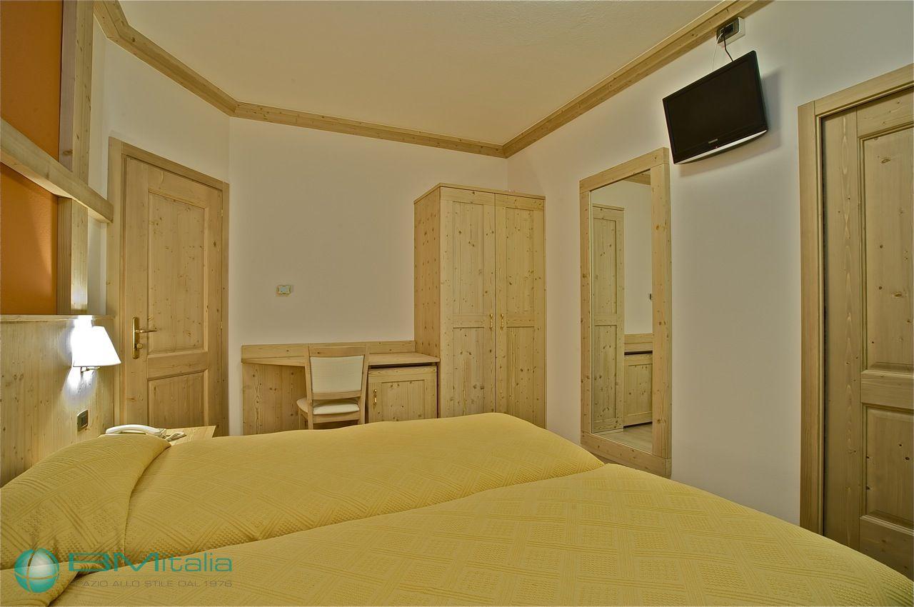 Progettazione e realizzazione arredamenti per hotel e for Mullano arredamenti