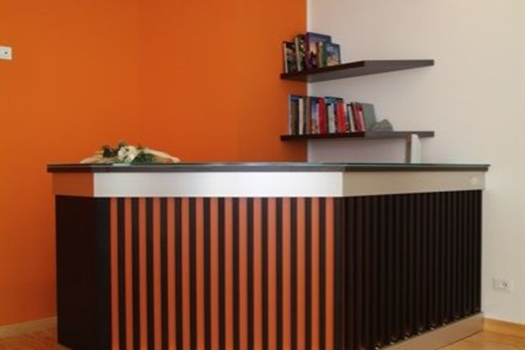Progettazione arredamenti per uffici for Arredamenti livigno