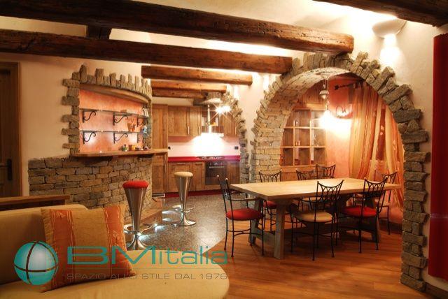Progettazione e realizzazione arredamenti per case ville for Arredamento rustico casa