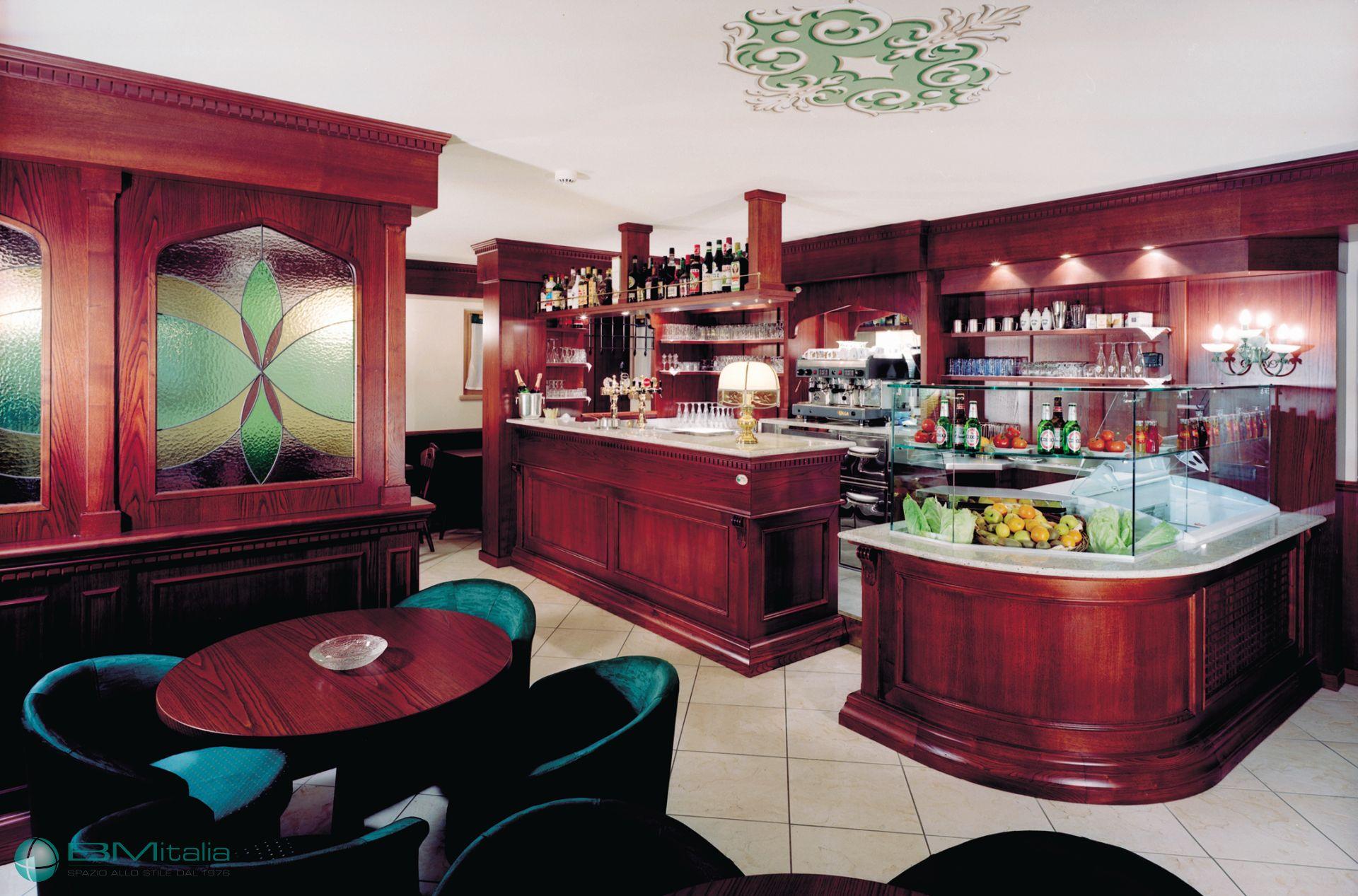 Progettazione e realizzazione arredi su misura per hotel for Arredi per alberghi e hotel